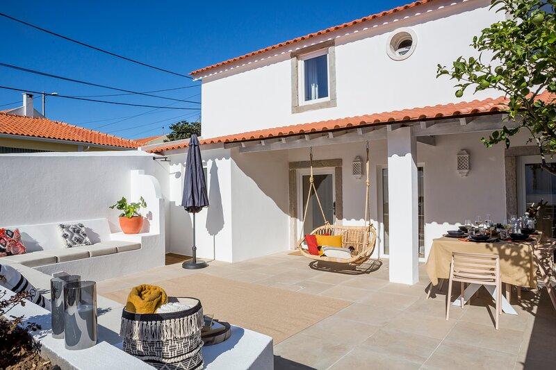 SEA´YA Family Surf Houses Villa Guincho, alquiler vacacional en Alcabideche