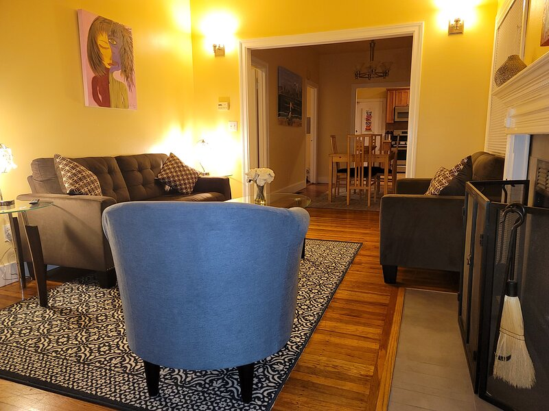 Remodeled Artist Haven, holiday rental in Piedmont