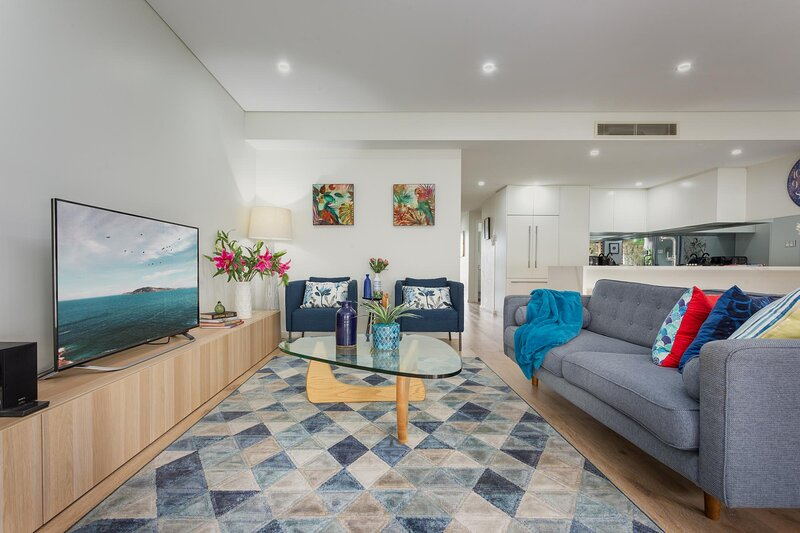 Relaxed Boutique Apartment in Cool Neighbourhood, vacation rental in Balmain
