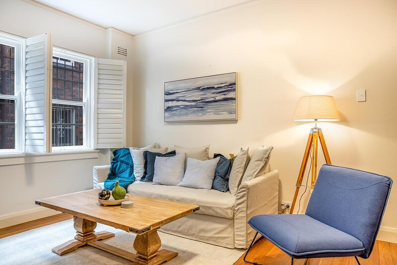 Elegant and Comfy Apartment Between City and Bondi, casa vacanza a Dover Heights