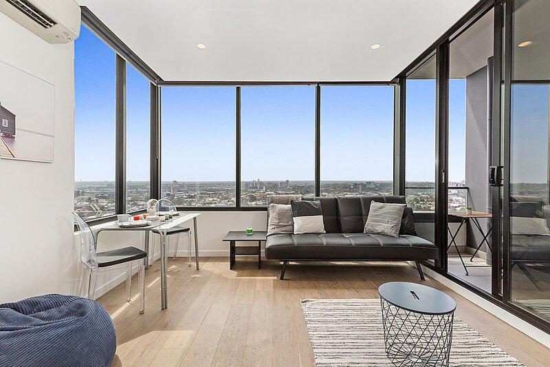 Stylish Modern Apartment With Skyline View, location de vacances à Melbourne