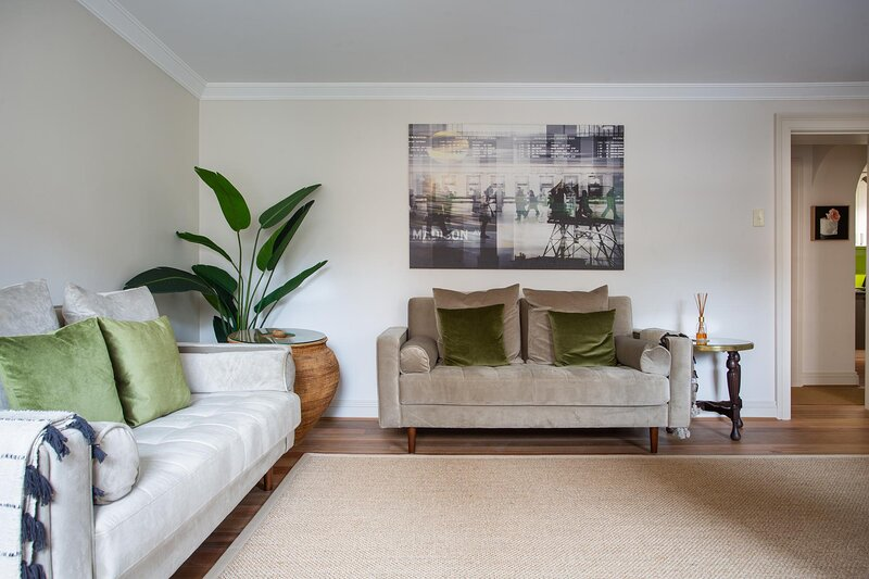 Historic Boutique Apartment Steps From Everything, vacation rental in Moore Park
