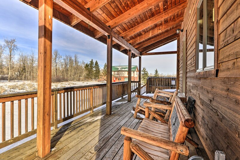 Cabin Exterior | Furnished Covered Deck | Private Hot Tub | 'The Beaten Path'