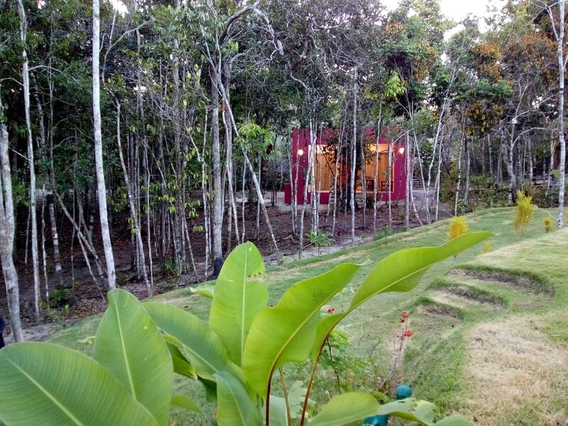 Vista distante da cabana