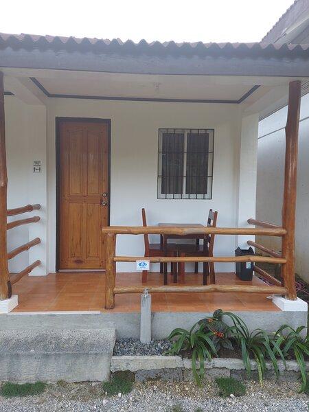 Gardenview Room 7, holiday rental in Pilar