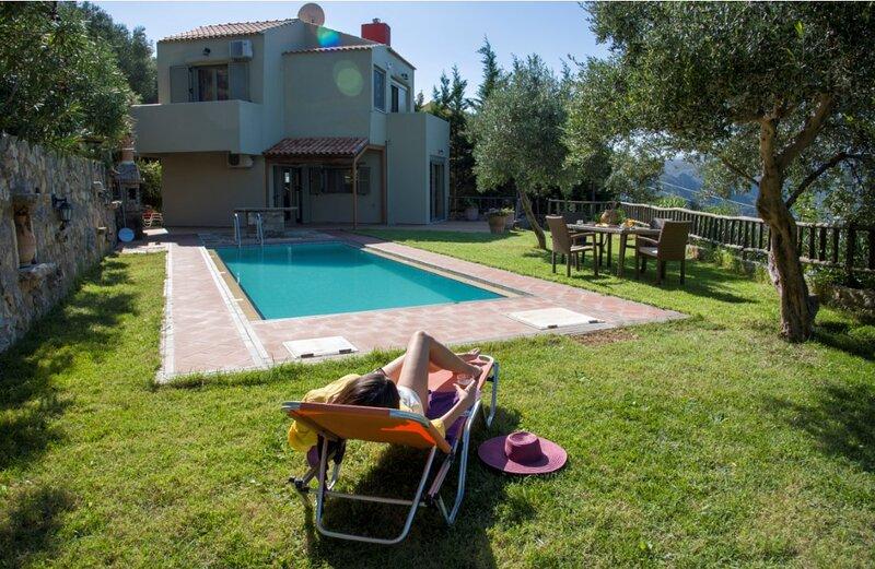 Traditional Villa Malathiros 4, holiday rental in Kakopetros