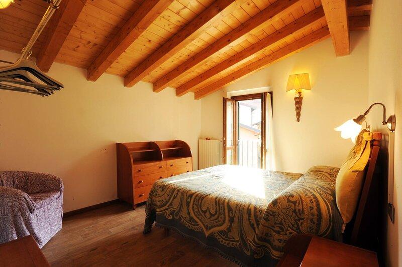 Bb La Piccola Gardenia - La Nave - Double Room, holiday rental in Barbarano di Salo