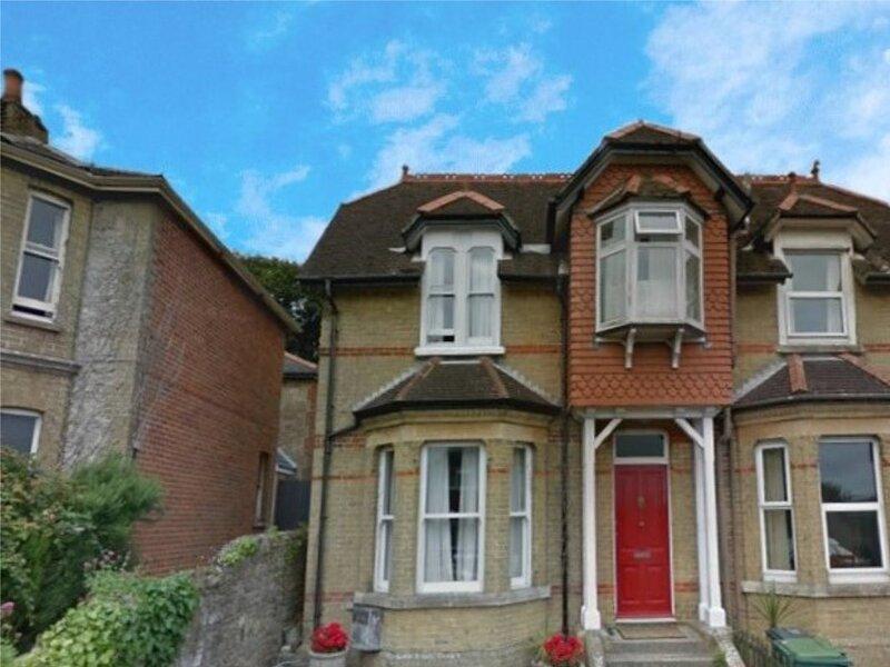 Red House, Seaview, location de vacances à Nettlestone