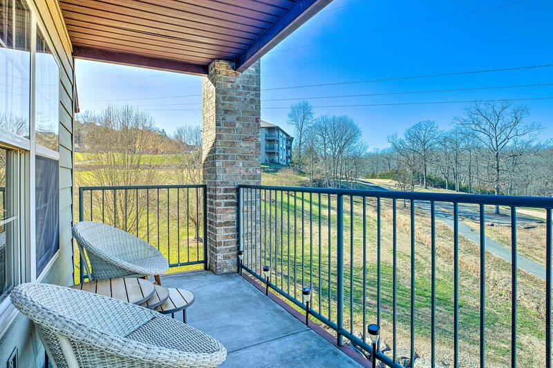 Branson West Vacation Rental Condo | 1BR | 1BA | 500 Sq Ft | Steps Required
