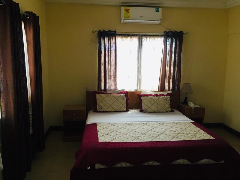 Double Room With Sitting Area, vacation rental in Odorkor