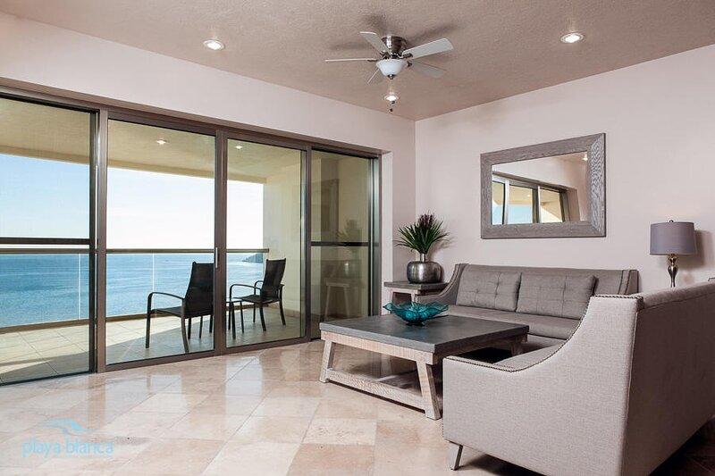 2 Bedroom Condo Playa Blanca 1408, holiday rental in San Carlos