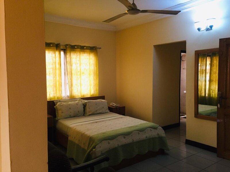 Single Room With Balcony, vacation rental in Odorkor