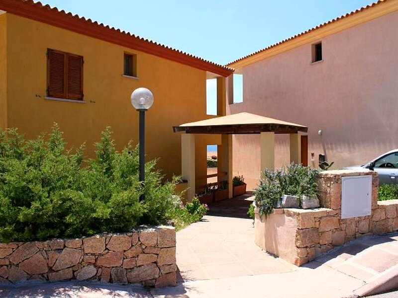 Borgo di Mare, holiday rental in Isola Rossa
