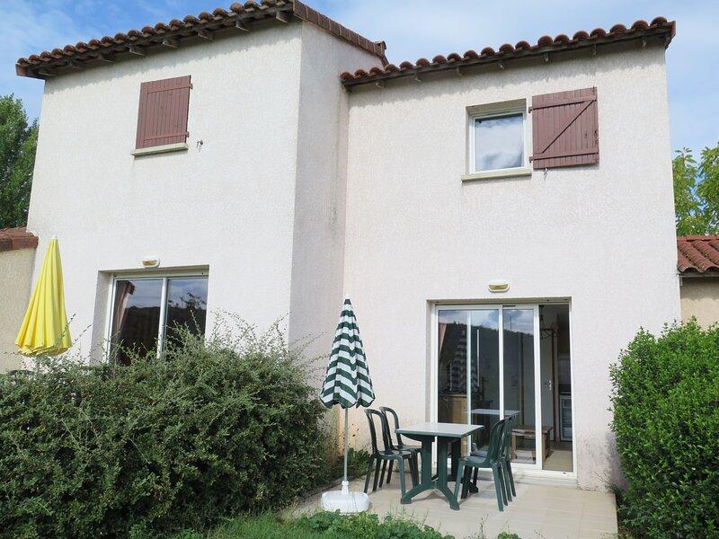 Domaine des Cazelles (CJC420), holiday rental in Ambeyrac