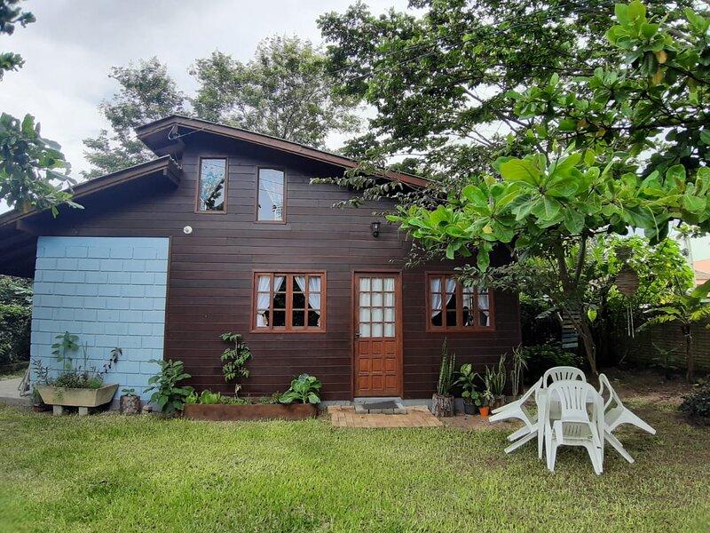 Casa aconchego no Campeche, alquiler de vacaciones en Florianópolis
