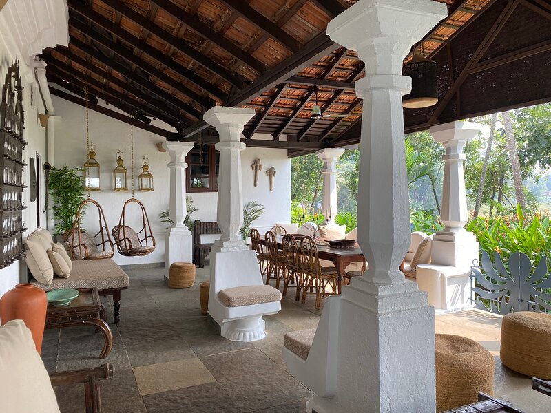 VILLA LOU GOA 1903 Old Portuguese House with Pool, holiday rental in Mapusa