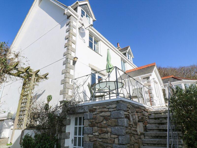 Rockridge House, Porthcurno, vacation rental in St Buryan