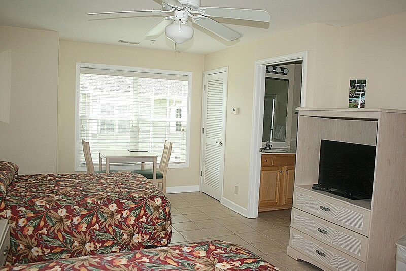 Ceiling Fan,Bedroom,Indoors,Room,Rug