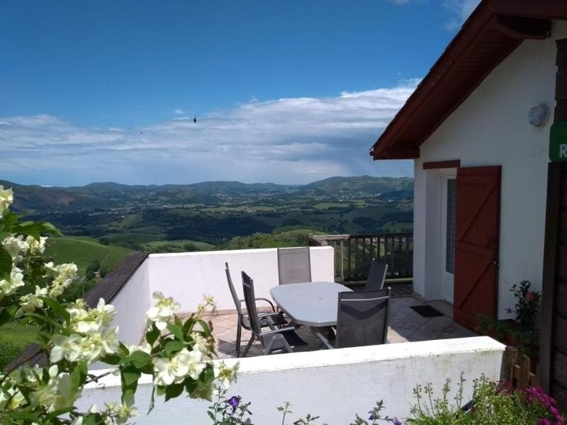 GAINEKO ETXEA, vacation rental in Ochagavia