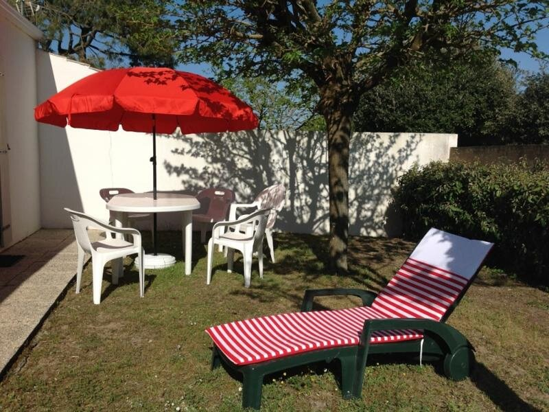 MAISON DANS QUARTIER PRIVE CALME, holiday rental in Saint-Michel-en-l'Herm