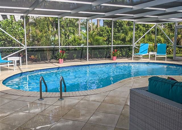Eden by the Sea Beautiful & Spacious Beach Home with Screened Pool, vacation rental in Singer Island