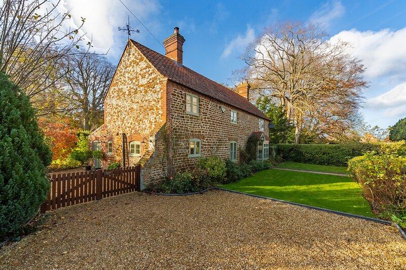Vicarage Cottage, holiday rental in Old Hunstanton