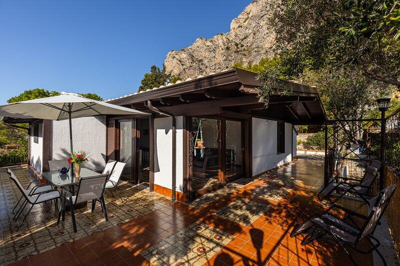 Seaside House Capo Zafferano, vacation rental in Santa Flavia