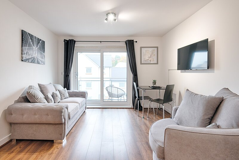 Stay at Neptune with Parking, location de vacances à Clydach