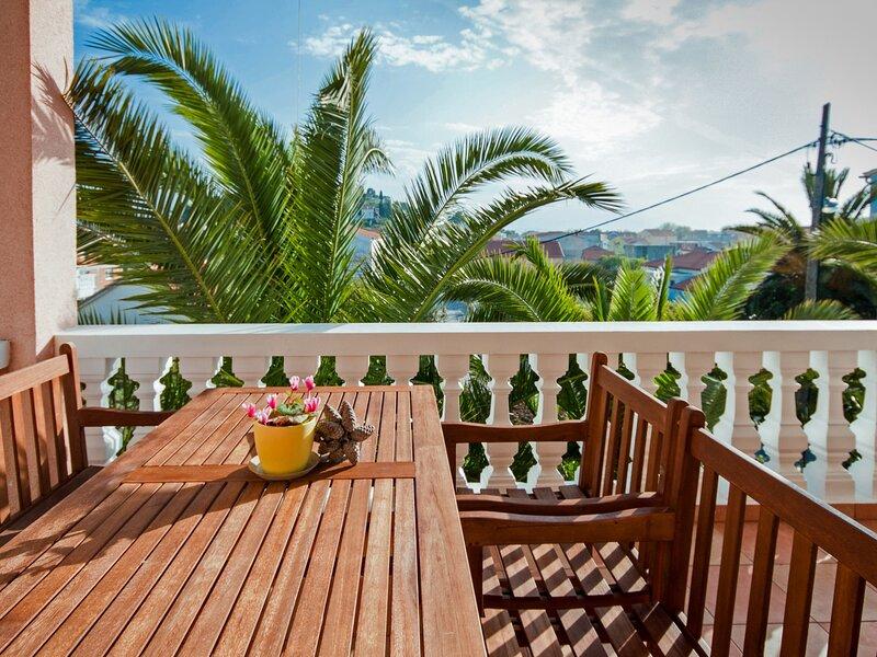 Darija, holiday rental in Tribunj