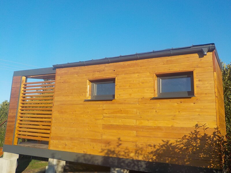 Natura Lodge, Vue exceptionnelle, holiday rental in Vienne