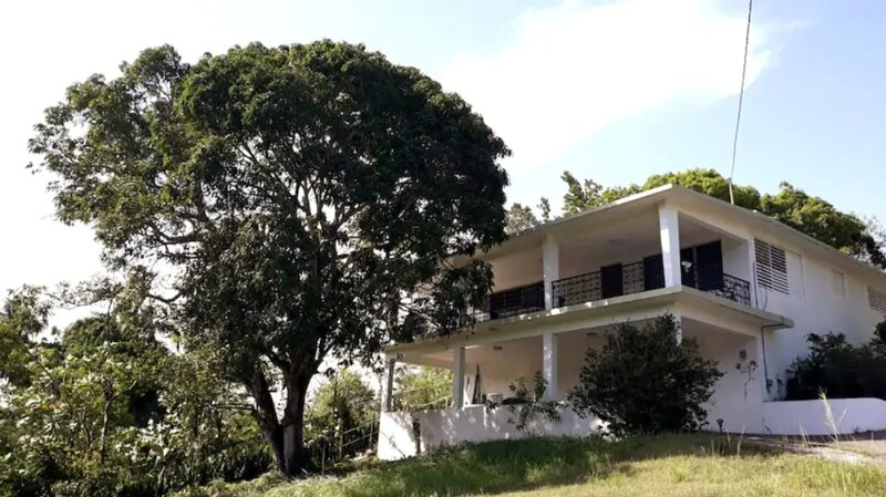 Entire house at the Historical Town of San German, holiday rental in Guanica