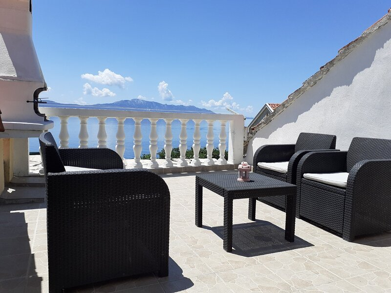 Jure - terrace with amazing sea view: A1-Leona (6+2) - Brist, vakantiewoning in Brist