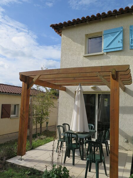 Domaine des Cazelles (CJC421), holiday rental in Larnagol