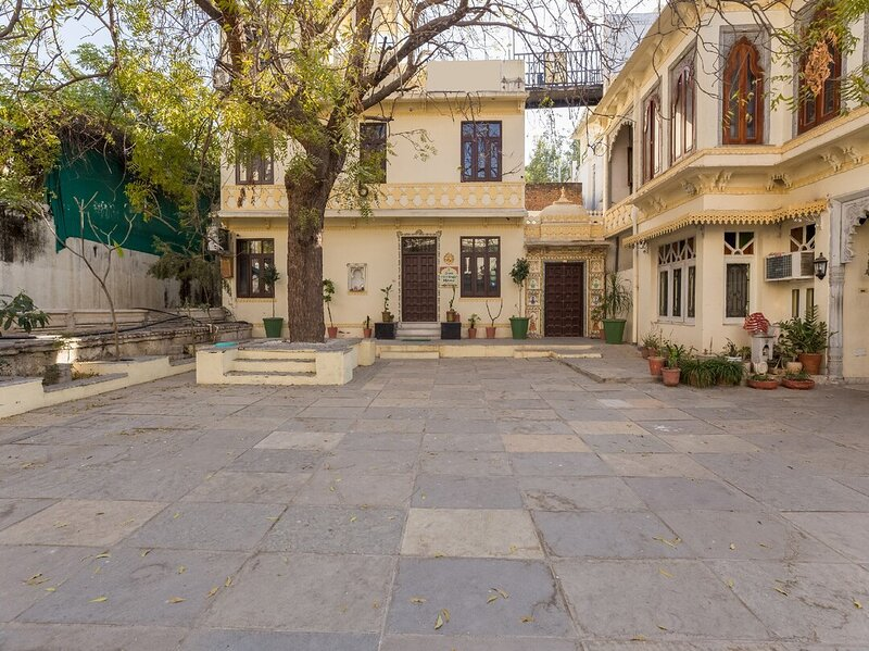 Sun Heritage Homestay (A Boutique Homestay), vacation rental in Udaipur District