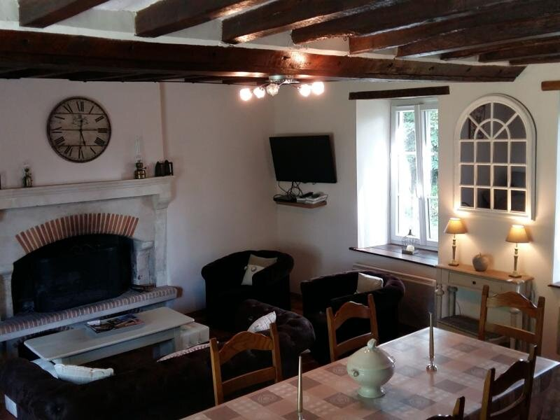 Le jardin des guignés, holiday rental in Torce-Viviers- en-Charnie