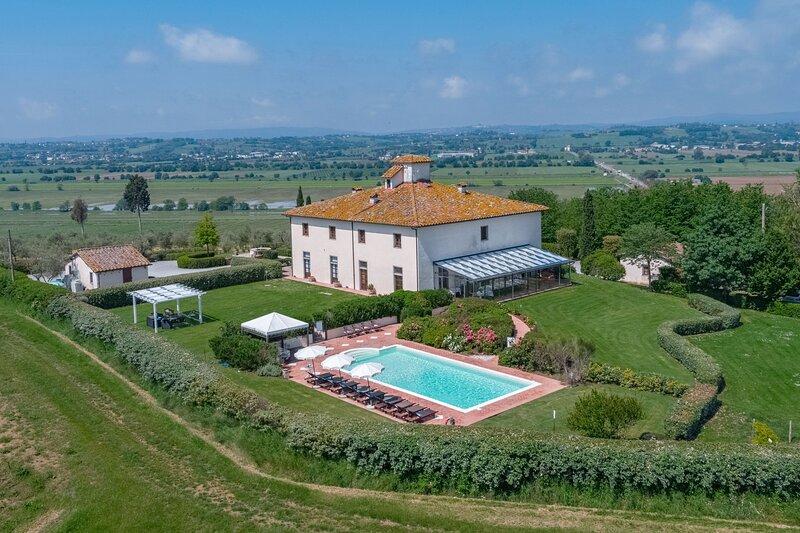 Villa la Fenice, holiday rental in Castroncello