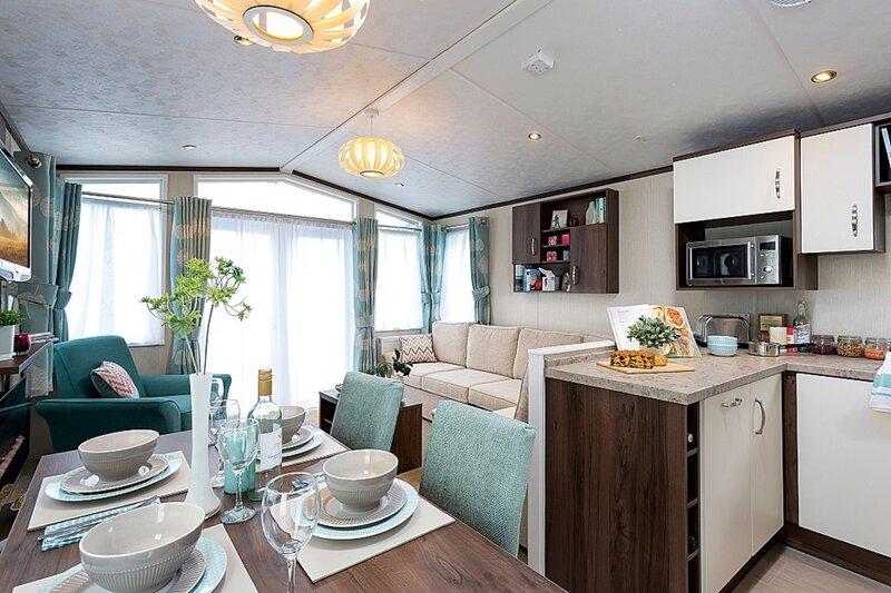 Bovisand Lodge Holiday Park - example caravan kitchen & lounge area