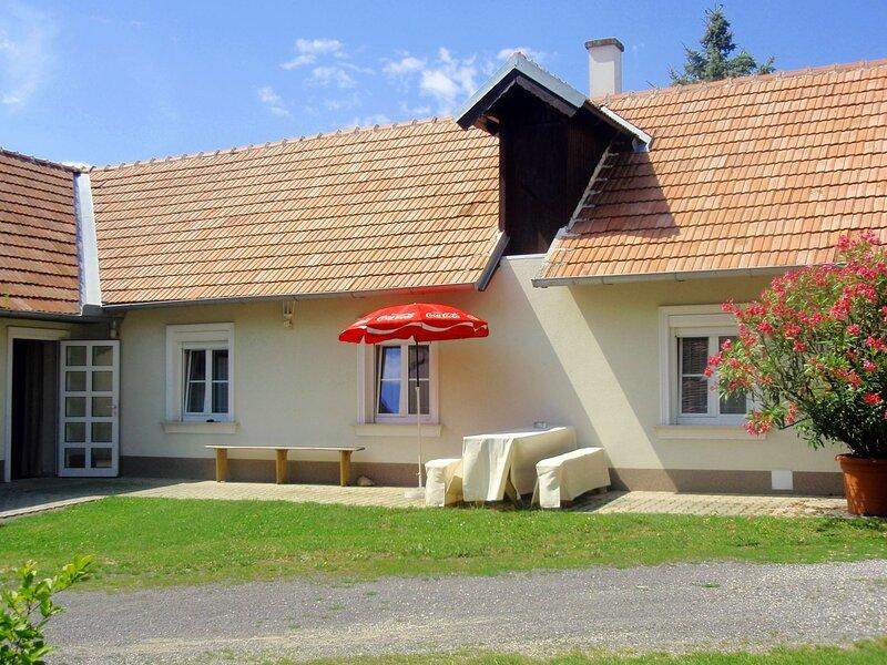 Friedl, holiday rental in Buk