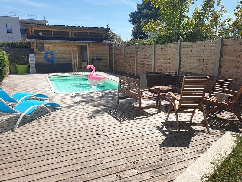 MAISON entre Bordeaux (10km) et Océan (40km), holiday rental in Saint-Jean-d'Illac