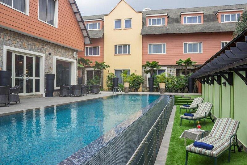 Leola Hotel-ikeja, Lagos, holiday rental in Ikeja