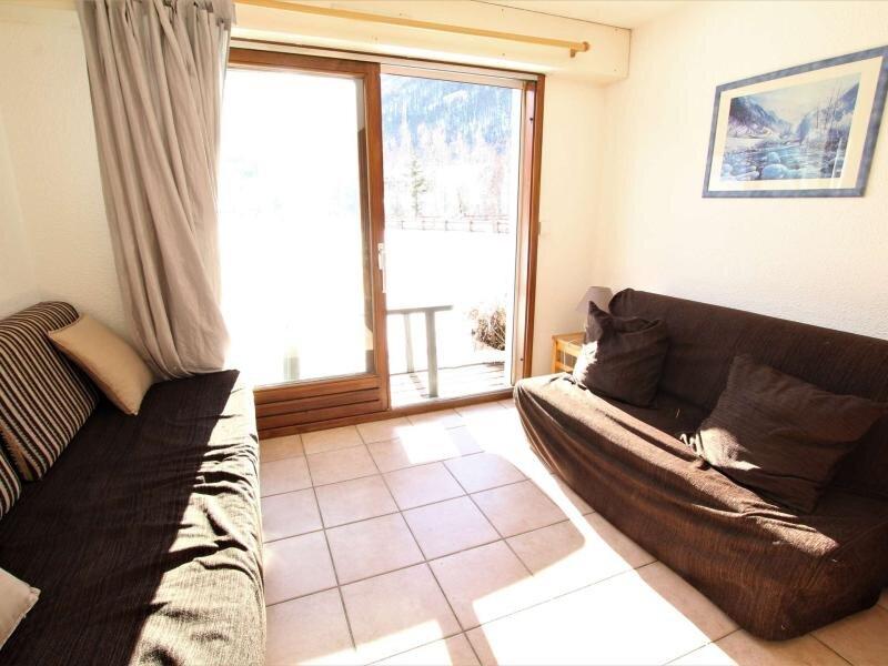 Appartement 3 pièces 6 couchages LA SALLE LES ALPES, vacation rental in Les Attaques