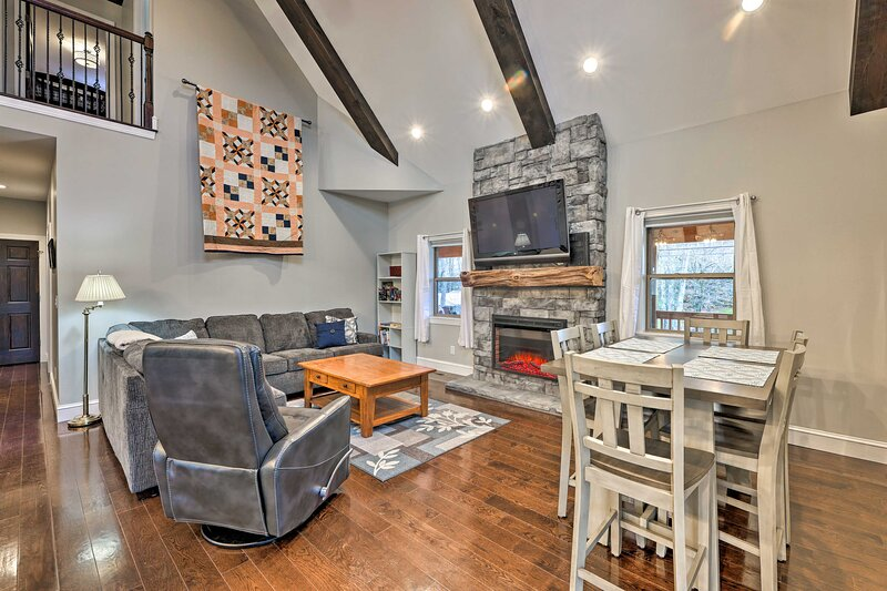 NEW! Fayetteville Cottage < 2 Mi to New River Park, vacation rental in Mount Hope