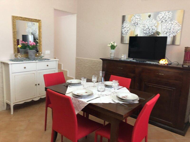 "VILLETTA ""L'ULIVO"" .....elegante dimora estiva, holiday rental in Sant'Isidoro"