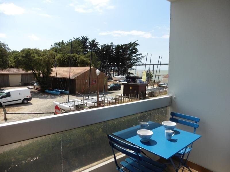 Location située à FROMENTINE - à 50m de la plage et de la forêt - Vue mer, location de vacances à Beauvoir-Sur-Mer