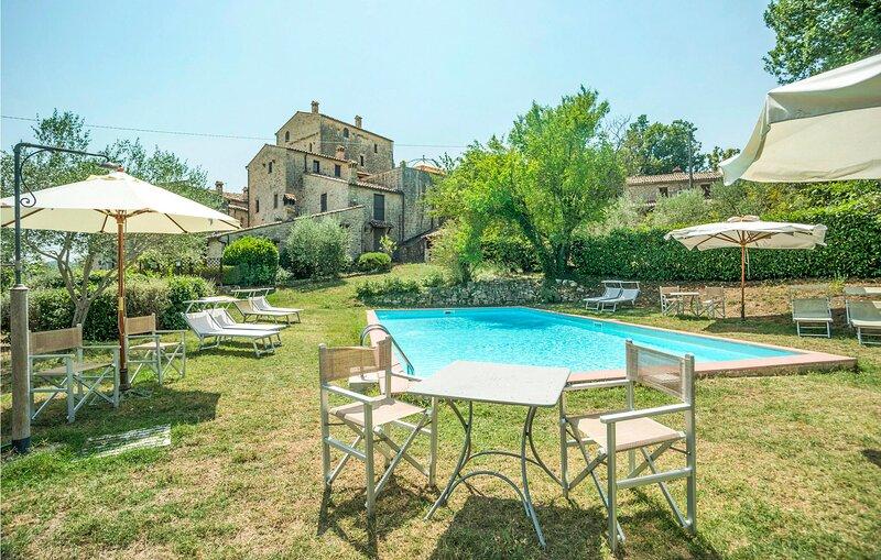 Casa Iris (IUO002), Ferienwohnung in Romazzano