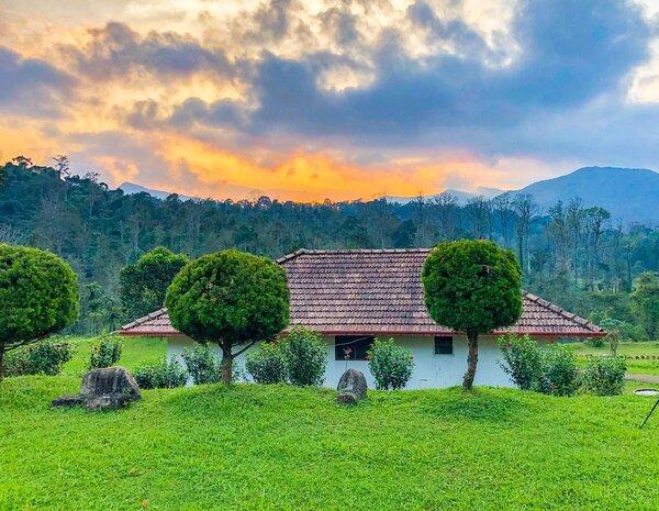 Hidden Valley Coorg   Sunset Cottage, casa vacanza a Yavakapadi Village
