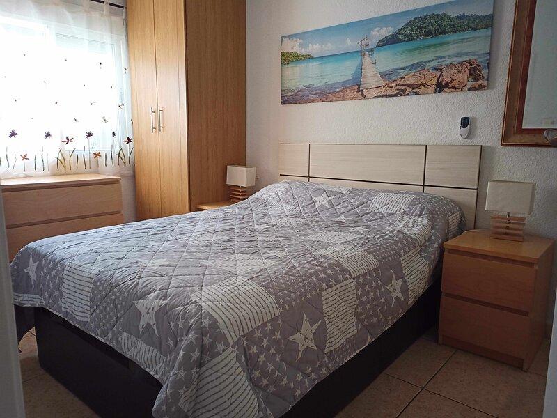 Precioso apartamento vacacional, holiday rental in Catral