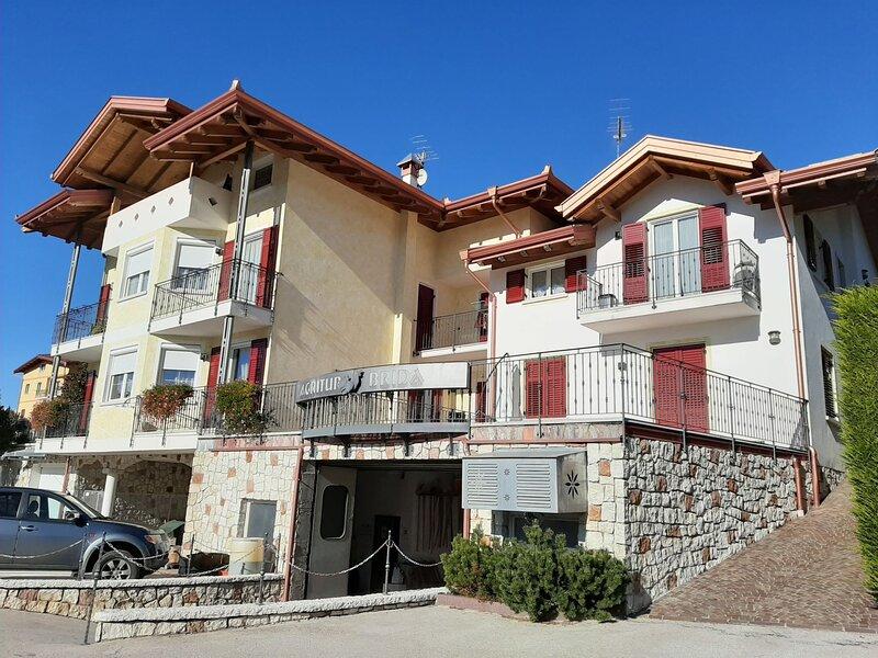 Amelia, vacation rental in Sanzeno