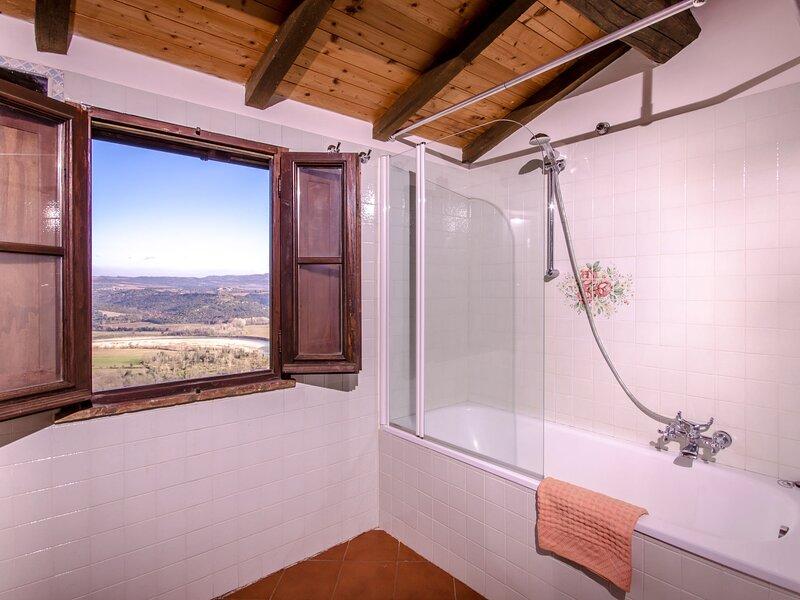 Borgo, holiday rental in Casale di Pari