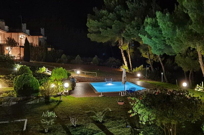 Stylish, big & bright family Villa near the Beach, holiday rental in Possidi